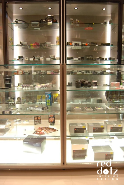 pixel camera shop display cabinet design 1