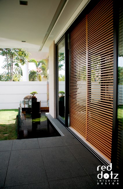 usj residence sliding door design